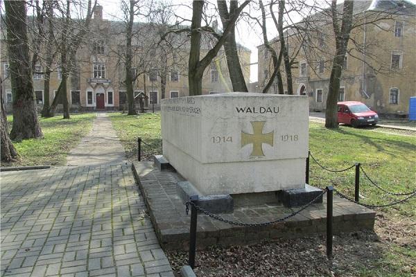 Замок Вальдау