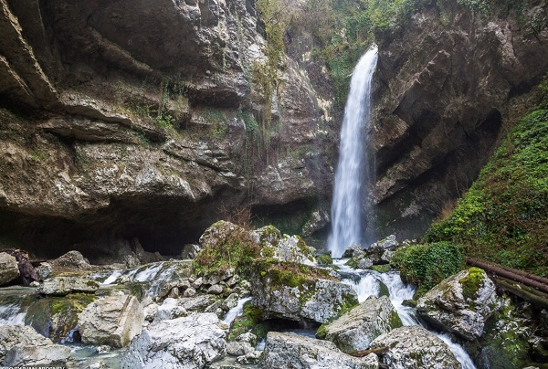 Водопад «Глубокий яр»
