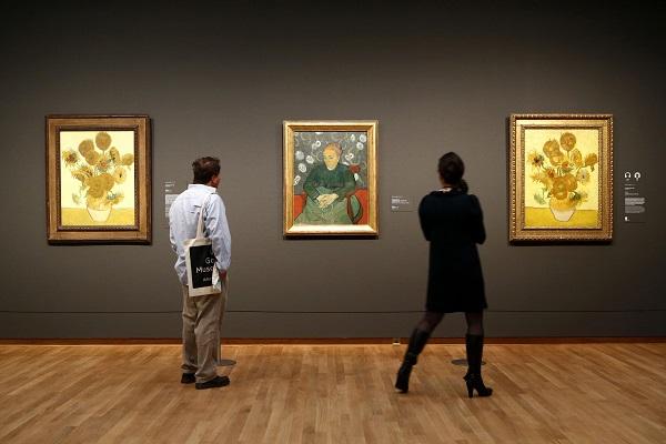 Музей Ван Гога внутри