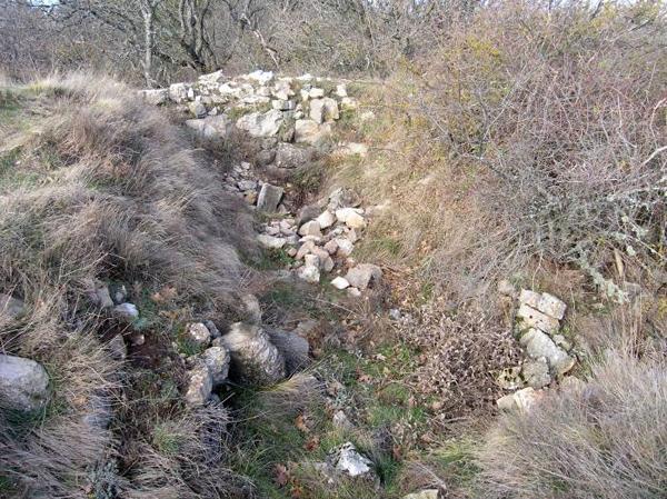 Крепость на хребте Исар-Кая