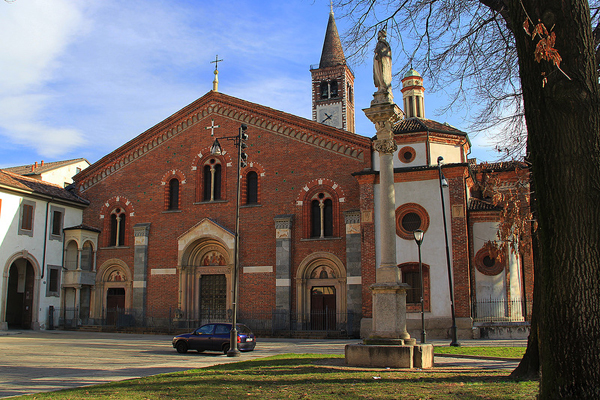 Базилика Сант-Эусторджо (Sant'Eustorgio)