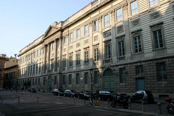 Дворец Бельджойозо (Palazzo Belgioioso)