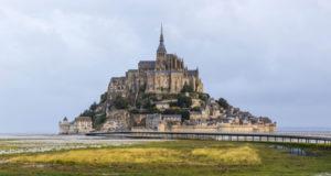 Мон-сен-Мишель во Франции