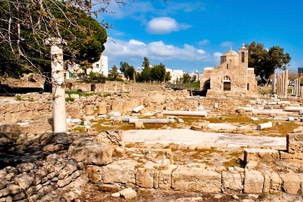 Руины ранневизантийской христианской базилики