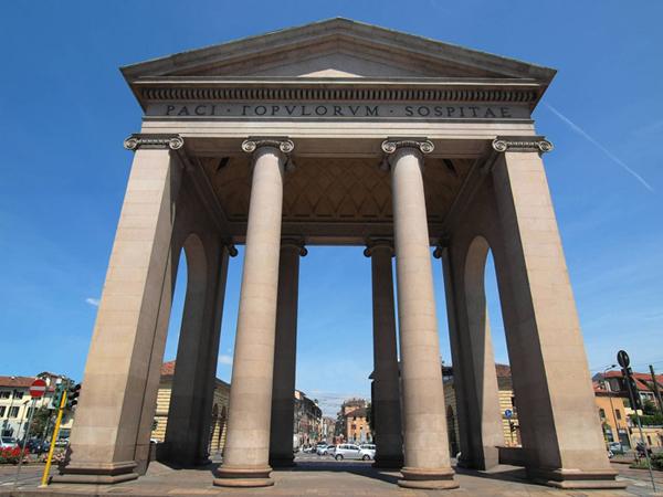 Ворота Тичинезе (Porta Ticinese)