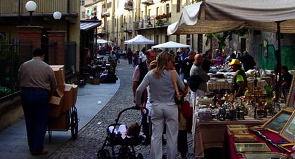 Балонский блошиный рынок