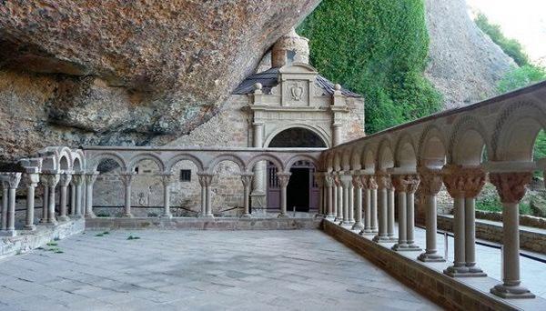 Горный монастырь Сан Хуан де ла Пенья