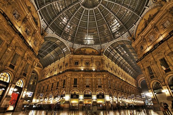 Галерея Витторио Эммануэле II (Galleria Vittorio Emanuele II)