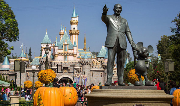 Диснейленд (Disneyland)
