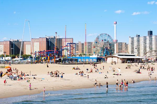 Coney Island (Кони-Айленд)