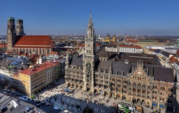 Площадь Мариенплац и Новая ратуша