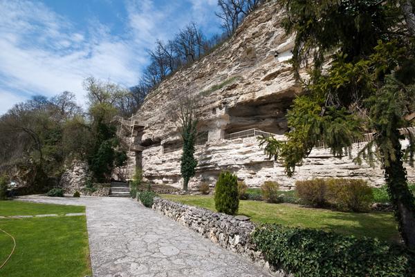 Скальный христианский монастырь