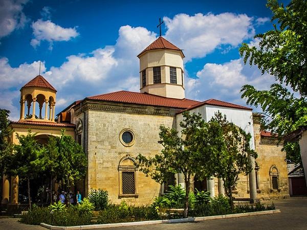 Армянская церковь Сурб-Никогайос