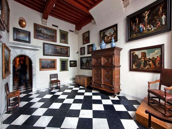 Дом-музей Рембрандта внутри