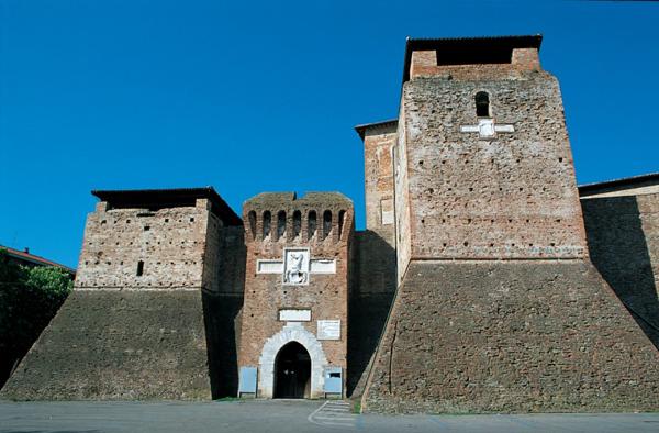Замок Сиджизмондо или Замок Малатесты (Castel Sigismondo)