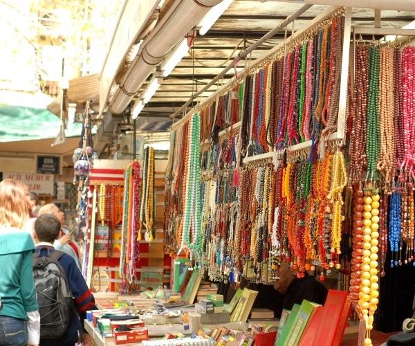 Рынок Кемералты