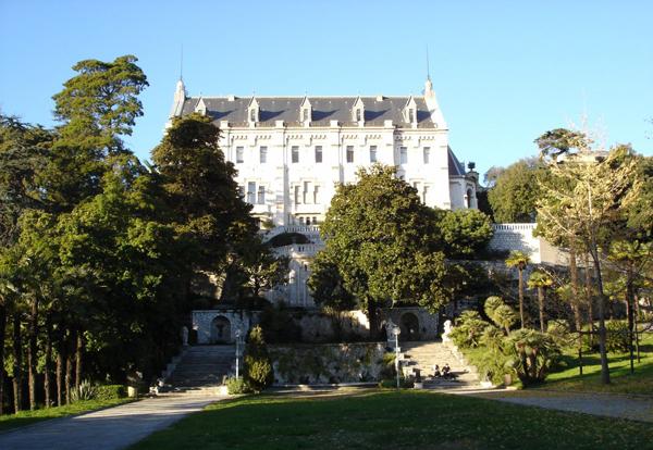 Замок Вальроз (Le Château et le Parc Valrose)