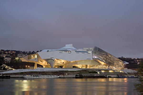 Современный музей естественной истории