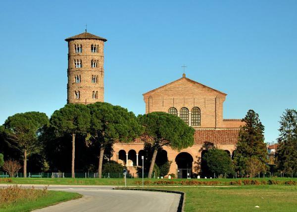 Базилика Святого Аполлинария