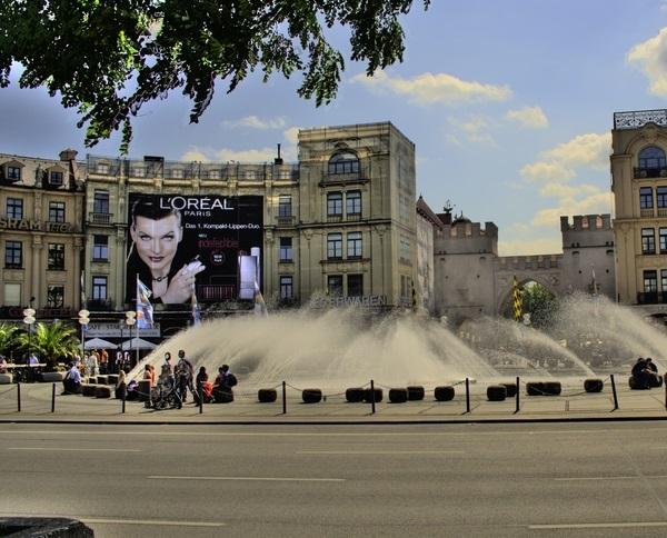 Площадь Карлсплац