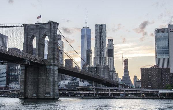 Brooklyn Bridge (Бруклинский мост)