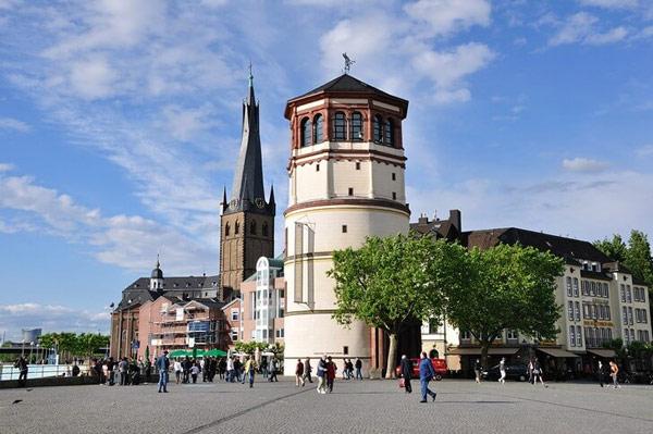 Дюссельдорфский замок (Düsseldorfer Schloss)