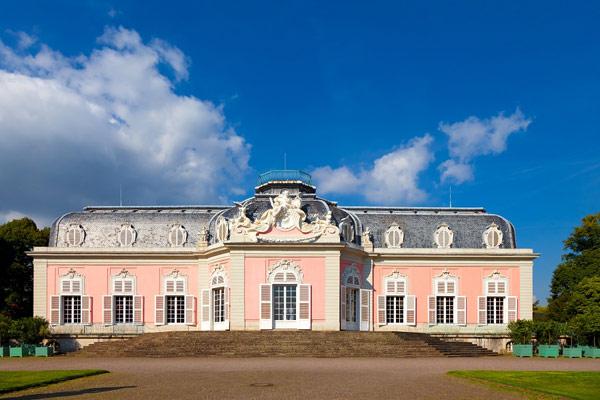 Дворец Бенрат (Schloss Benrath)