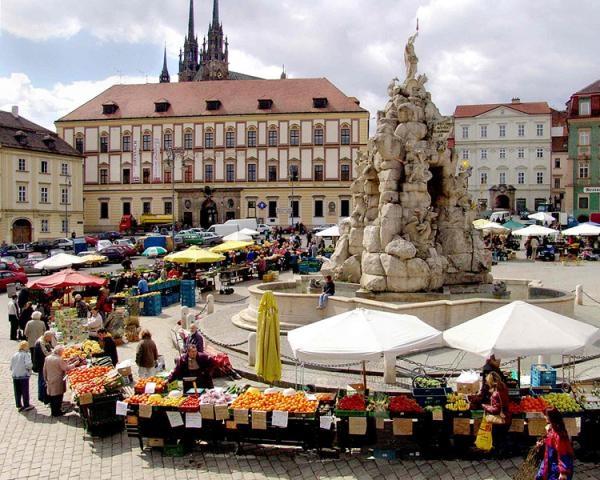 Площадь Овощной рынок (Капустный рынок)