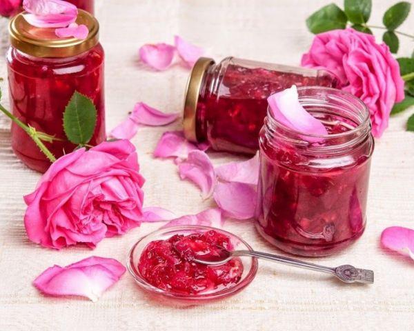 Розовое варенье или джем